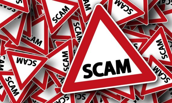 9 Senior Scams [and what to watch for]